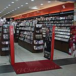 台湾のCDショップは邦楽CDも半額で買える